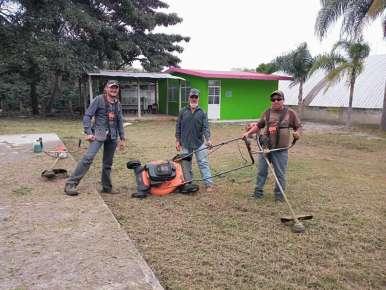 CHAPEO Y LIMPIA EN LOS DIFERENTES PLANTELES EDUCATIVOS DE HUATUSCO