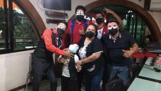 Se reunió Adriana Esther Martínez con taxistas y payasos