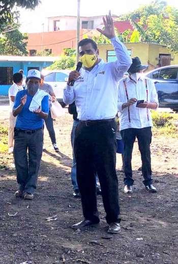 Acude Mario Amorós candidato a Diputado Federal por el Distrito de San Andrés Tuxtla