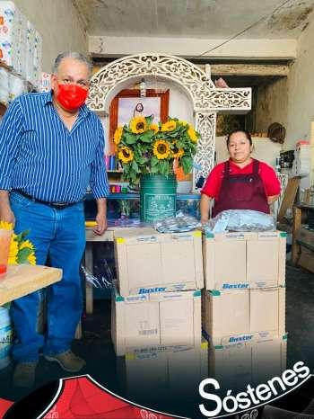 la gente de Naolinco apoya a Sostenes Merino