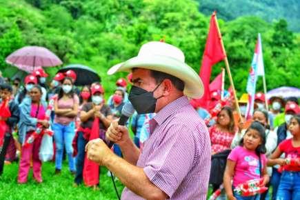 Apoyara Pepe Yunes habitantes de Barranca Grande