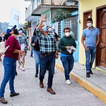 Everardo Soto recibe apoyo de ciudadanos de Benito Juárez  de Xico