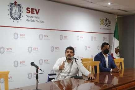 Inicia SEV oferta de mil 696 plazas en educación básica