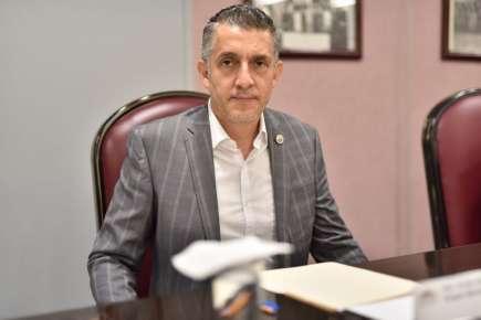 Regreso a clases seguro, promete diputado Víctor Vargas