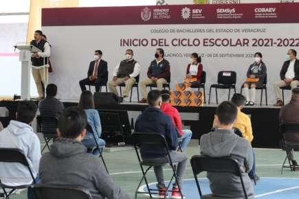 En Veracruz, regresaron a clases 558 mil estudiantes y 42 mil docentes de Educación Media Superior y Superior