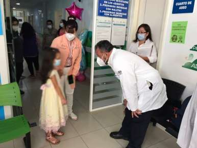 Paciente infantil supera leucemia y egresa del Hospital Regional de Coatzacoalcos