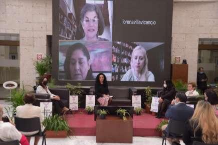 Presentan obra sobre la historia de la paridad en el Congreso de Veracruz
